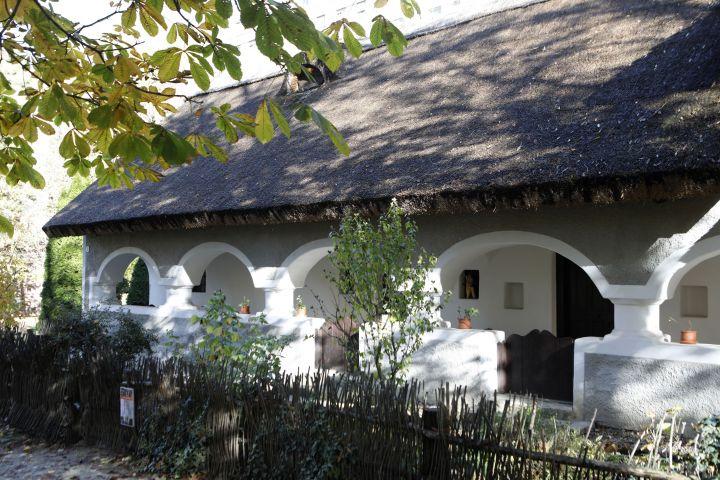 Bakonyi Ház